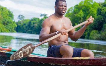 Francis Nganou choisi son pays le Cameroun comme point paradisiaque de repos avant le choc des poids lourds contre le champion intérimaire Ciryl Gane qui se tiendra en début d'année prochaine.
